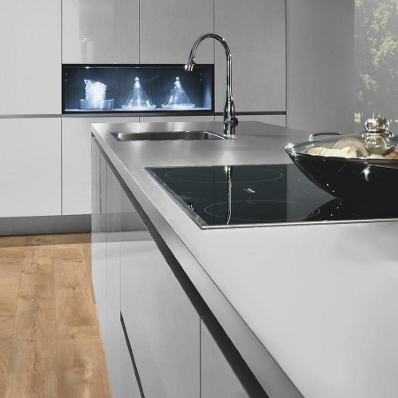 Фото в інтер'єрі на кухні приклад 2 - Дуб Фреско Лоджі K4381