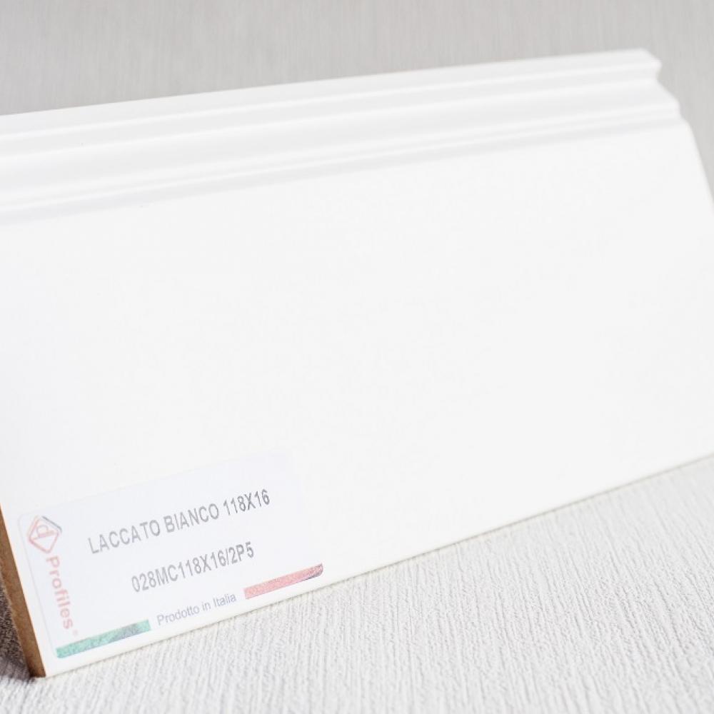 фото плінтуса лучіано білий Р5 118