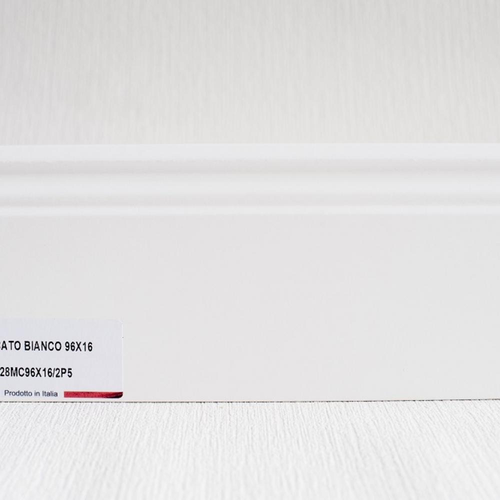 фото плінтуса лучіано білий Р5 96