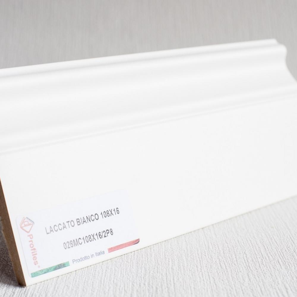 фото плінтуса лучіано білий Р8 108
