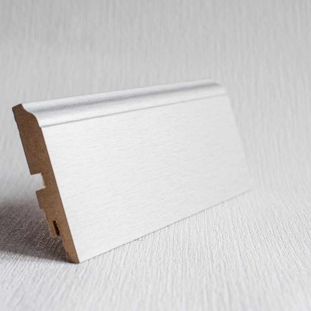 фото плінтуса лучіано алюміній P4 2